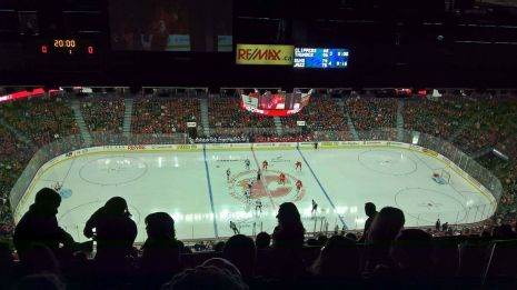 It's hockey night tonight