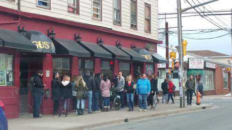 Line up at Vandal Doughnuts