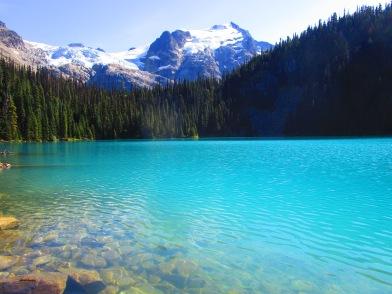 Turquoise Middle Lake